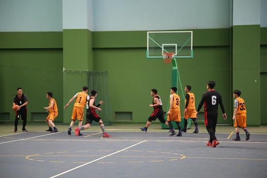 """皓泰公路""""青年杯"""" 篮球赛一胜两负3.jpg"""